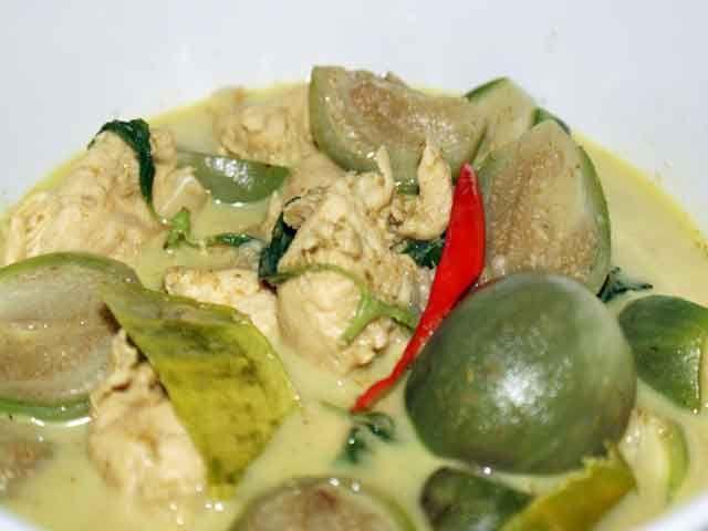grünes Thai Curry mit Huhn   #Thai #ThaiFood #Rezept #Curry #ThaiCurry