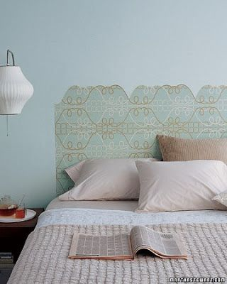 Wallpaper Headboard: Using The Lines In A Graphic Wallpaper As Your Guide,  Cut Out A Silhouette That Serves As A Virtual Headboard.