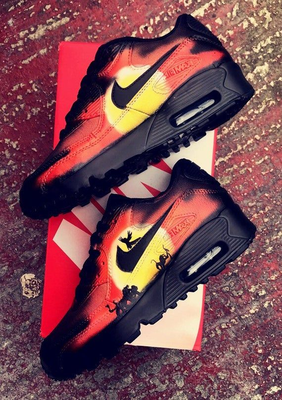 The lion king Nike air max 90 With glow
