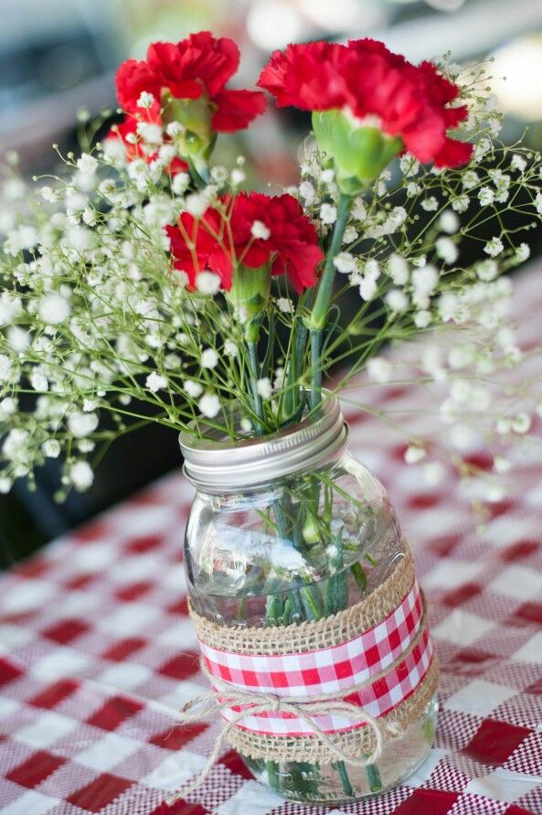 Carnations & baby's breath I Do BBQ
