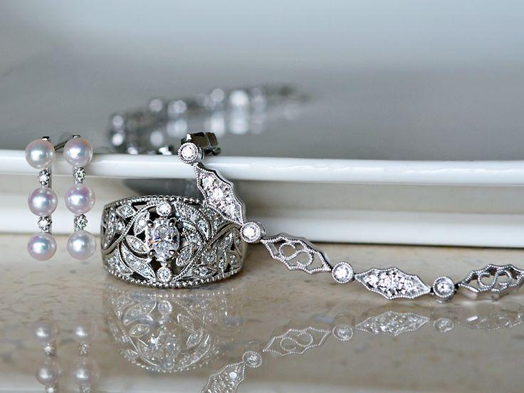 Pt900製プラチナオーバルカットダイアモンド植物モチーフデザインリング指輪ブレスレットミル打ちあこや真珠ピアス