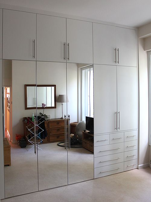 Partially mirrored wardrobe