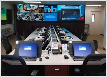 Communicator Workstations and Visionmaster  DLP Video Wall