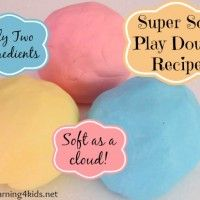 Scented Play dough recipes. Great scents for the seasons! Great for dramatic play!