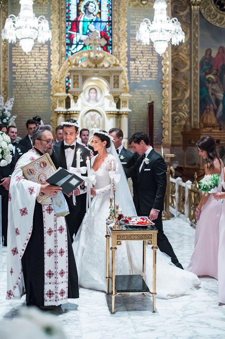 Connie Peterson and Matthew Pavlovich's Greek Wedding in Los Angeles. Oscar de la Renta dress