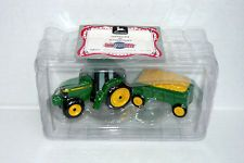 Enesco John Deere 8400 Tractor / Wagon Salt & Pepper Set Includes COA