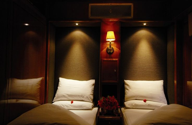 The Blue Train Twin bed De Luxe Suite at night