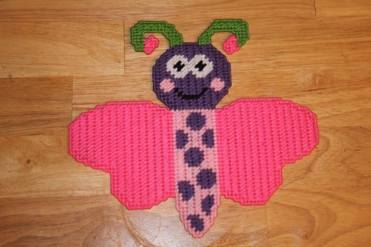 141 best images about plastic canvas on pinterest for Plastic bees for crafts