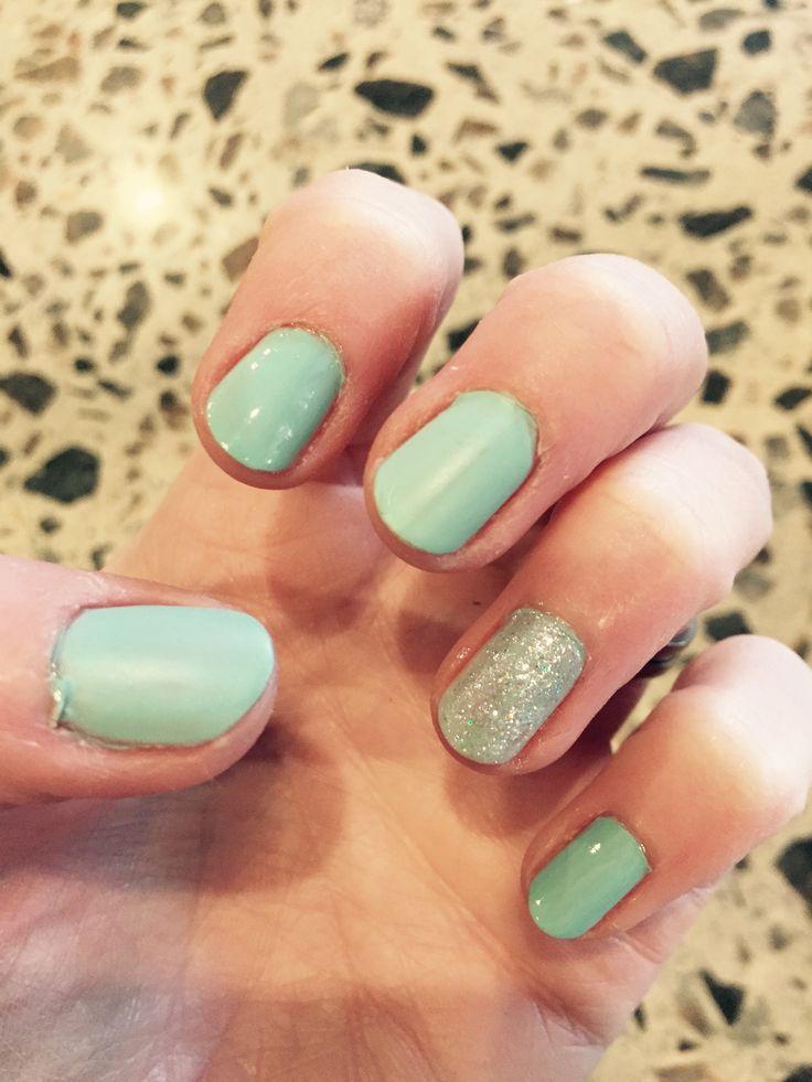 mint green nails ideas