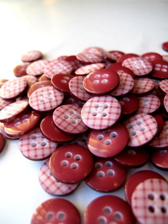 red plaid buttons!