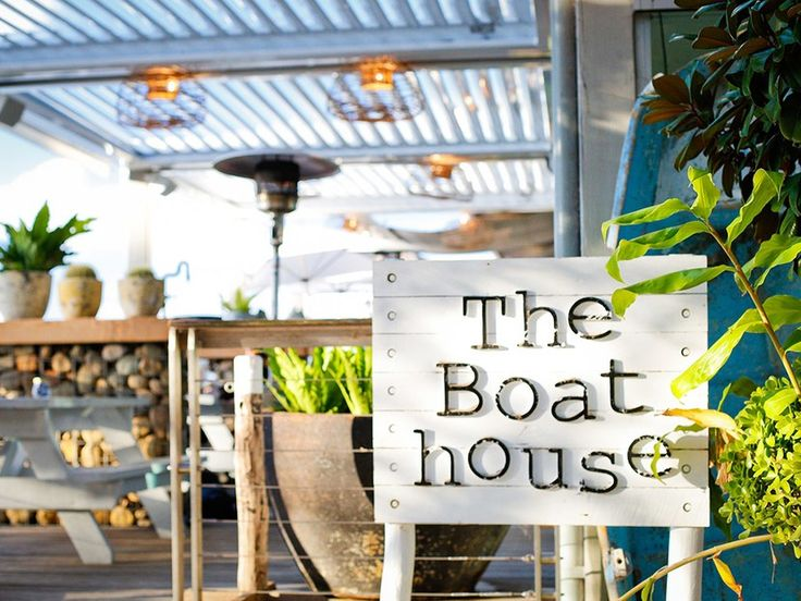 "How do you narrow down the list of beach bars in Sydney? Our readers are partial to The Boathouse at Balmoral Beach, which serves ""fresh, modern Australian cuisine"" (think fresh trout and beef carpaccio) on Hunters Bay. Submitted by reader @hannahwebb90"