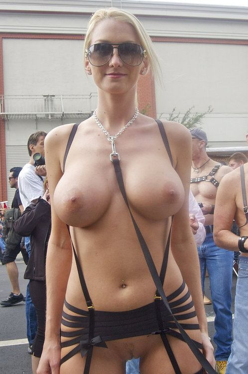 Nude with big women boobs public
