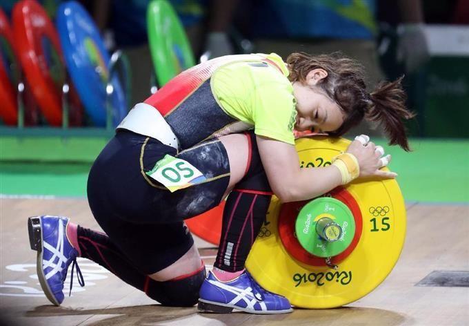 【五輪重量挙げ】三宅宏実が銅メダル #三宅宏実 #リオ五輪