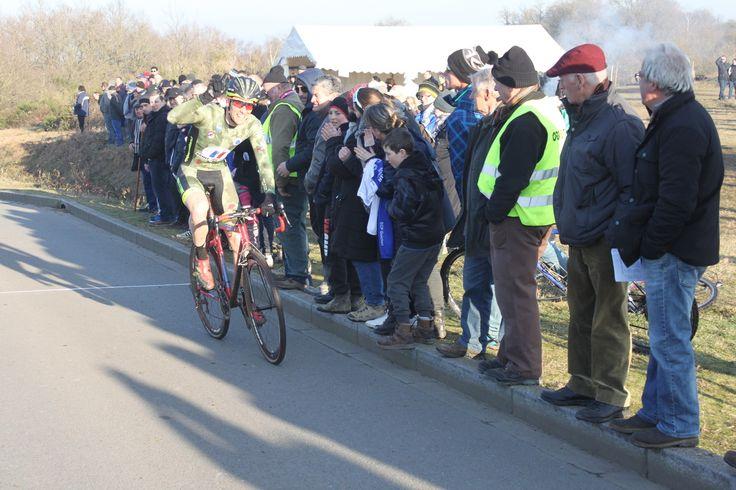 Yann GUYOT - (Louis Meilleray) Cyclo-cross de Saint Thurial (35) - Le professionnel de l'Armée de terre, Yann GUYOT a remporté la 7è manche du challenge des sous-bois, cet après midi à Saint Thurial (35) - (Louis Meilleray) Article et classement à ve...