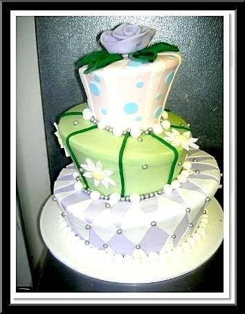 Blue Green Purple White Yellow Multi-shape Round Spring Summer Wedding Cakes Photos & Pictures - WeddingWire.com