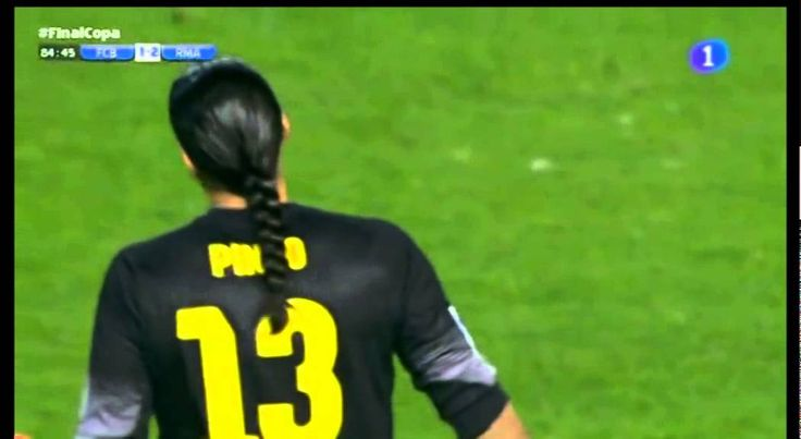 Camacho canta el gol de Bale antes de chutar (Final Copa Rey 2014)