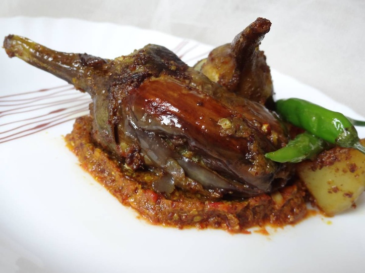 Spicy Stuffed Brinjals @http://www.threepeppercorn.com