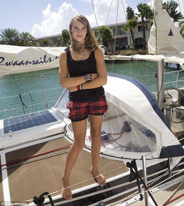 young-teen-sailing