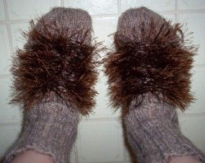 Create hobbit feet, and other fun Tolkien inspired ideas! LOLOLOL @Meilani Benavente @Kisha Onedera