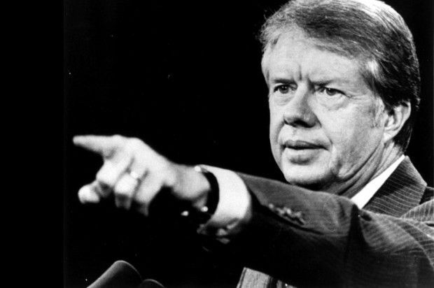 Так говорит Картер. Эдуард Лимонов. Джимми Картер странный тип. Бывший 39-й президент Соединённых Штатов Америки, после ухода со своего поста(он был президентом ещё до Рейгана) постепенно превратился в резкого критика США. Он такой святоша, но к нему стоит прислу