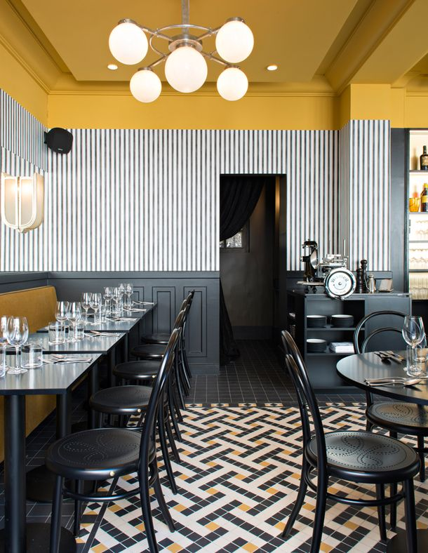 Ресторан в стиле ар-деко в Париже