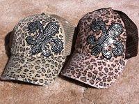 My kinda hat, two favorite things <3 #cheetah & #fleurdelis