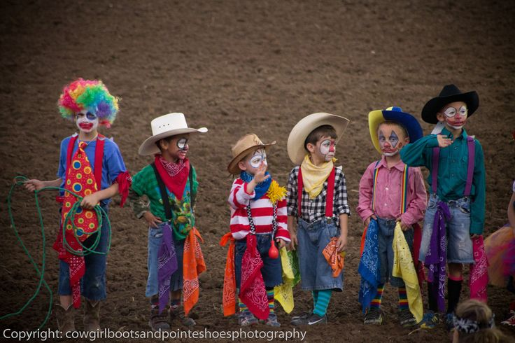 Quot Young Rodeo Clowns Bull Fighters In Training