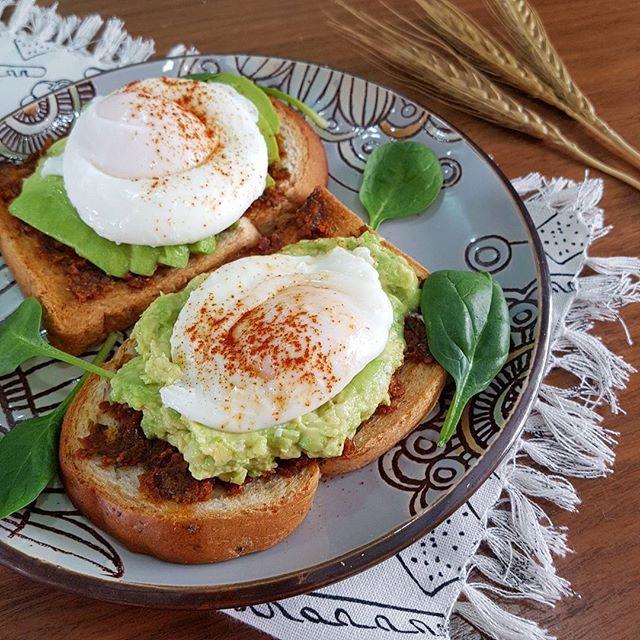 Poached Eggs on Avocado and Sun-dried Tomato Pesto Toast  #eatclean #homemade #homecooked #homemadefood #homecookedmeals #homecooking #onthetable #bkosfood @bkosfood #8dayseat #sgfood #foodiesg  #foodsharing #foodgasam #foodporn #f52grams #foodspotting #delishar #sgblogger #recipe #igsg #sgeats #instafood #instagood #openrice #burpple #feedfeed @thefeedfeed #whati8today #sginfluencer #foodsharing #breakfast