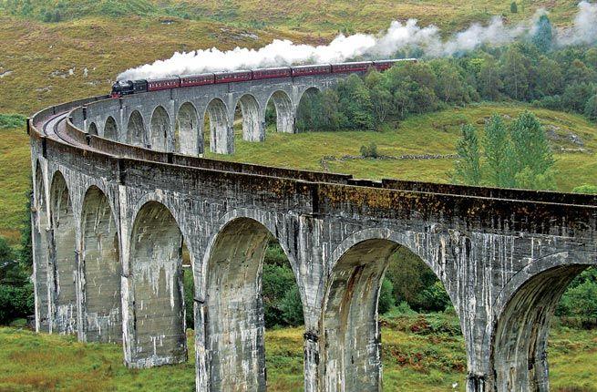 Jacobite Steam Train - Scotland