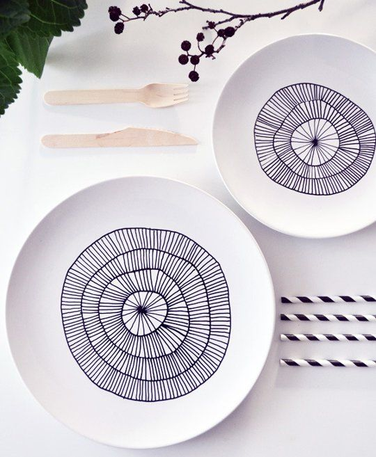 Porcelain Pen Projects #DIY #apartmenttherapy #tabletop #porcelainpen