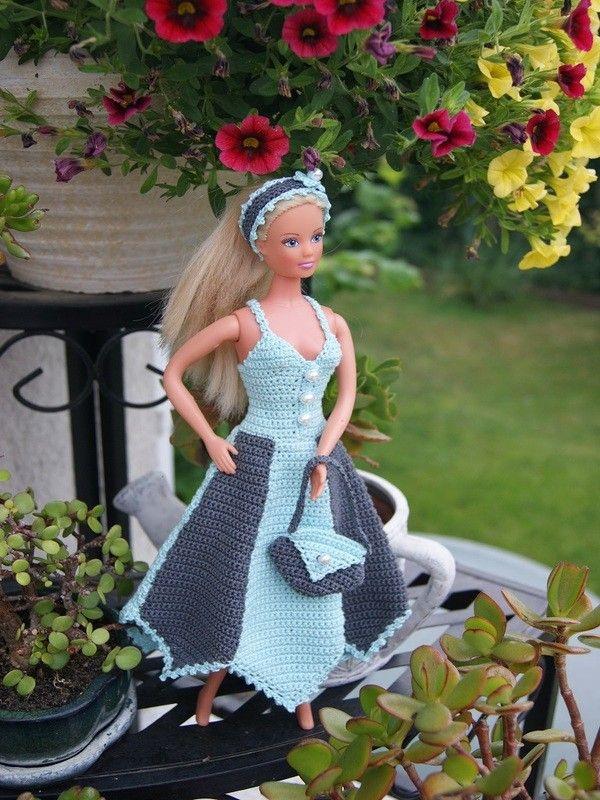 Häkelanleitung Barbie Set-Kleid, Haarband, Tasche Türkis/Dunkelgrau Weiße Perlen