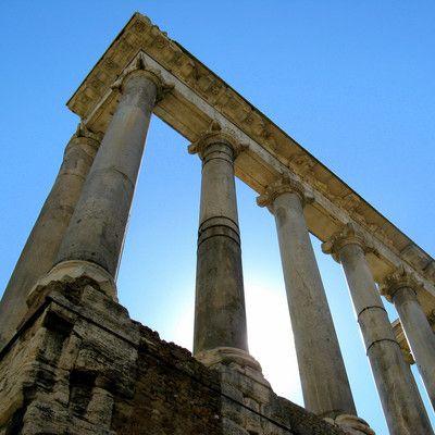 """Кто никогда не грабил Рим? карфагеняне! Во время великого переселения народов вестготы ограбили Рим (410 г.) то же сделали вандалы в 455 году. Четыре столетия спустя (846 г.) """"вечный город"""" разворовали арабы. Карфагеняне во главе с Ганнибалом стояли у ворот Рима, однако город не атаковали."""