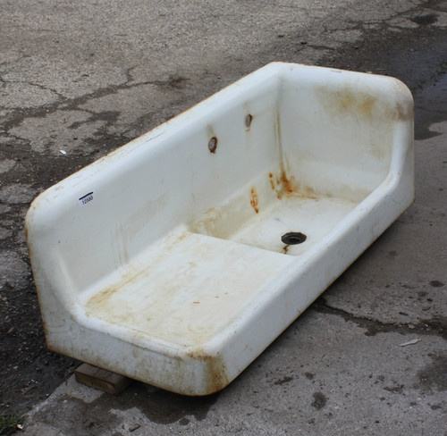 I want a vintage cast iron sink for my kitchen SO BADLY Old Sink Love