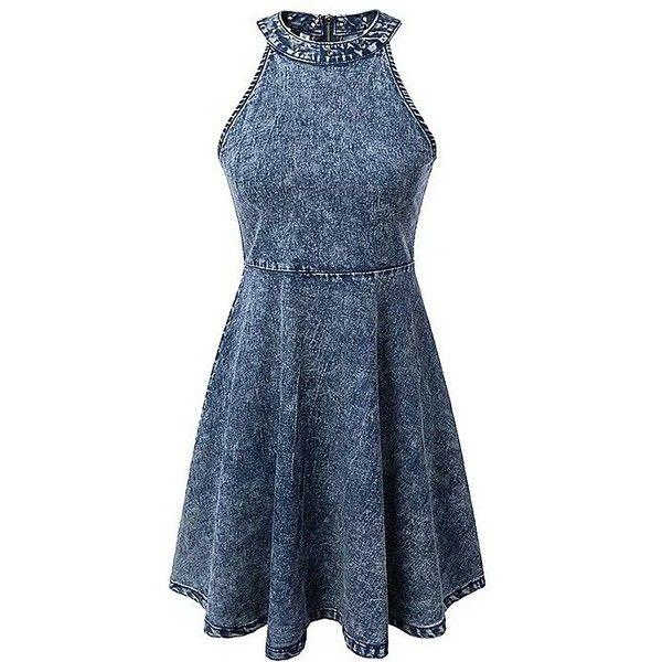 Yoins Sleeveless Halter Denim Midi Dress (6.175 HUF) ❤ liked on Polyvore featuring dresses, blue, sleeveless dress, blue halter dress, halter top, halter dress and zipper dress