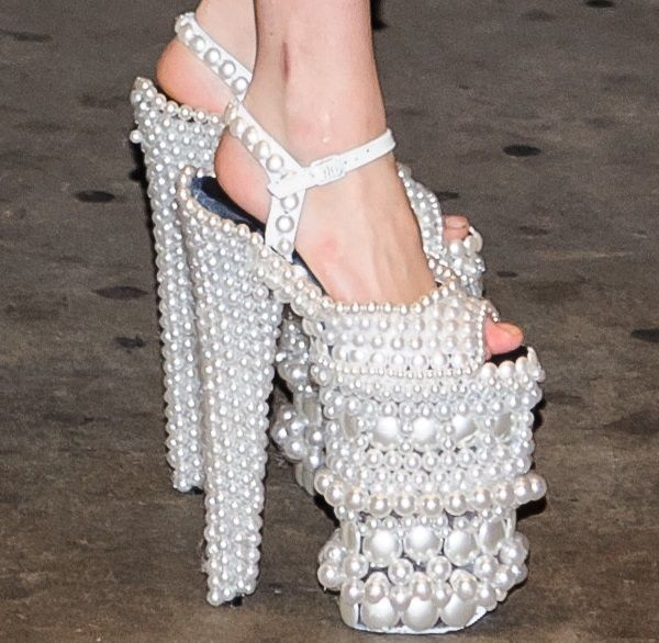 Lady Gaga Steps Up the Silliness in A-morir 10″ Pearl Platform Shoes