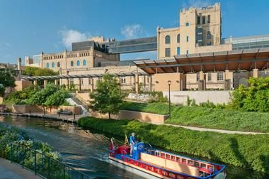 25 Best Things to Do in San Antonio, TX