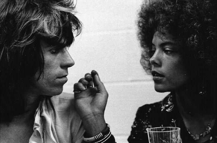 letsjustgetintoagroove:  Keith Richards with Jolie Jones backstage, Los Angeles 1972.