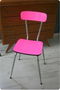 A chair makeover - Relooker une chaise en formica avec du Venilia.