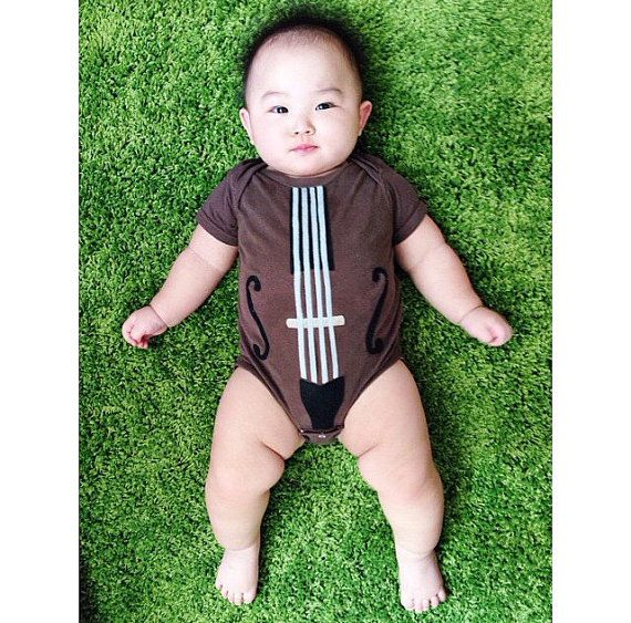 Baby Gift, Violin or Cello Bodysuit, The Yo Ma Ma, Instrument onesie, Guitar Onesie, Musician Gift, Funny Baby Gift, Gifts Under 25