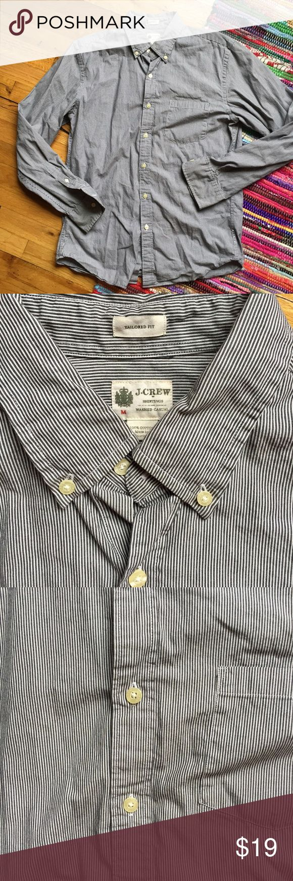 J. Crew Men's stripped button down J Crew Men's long sleeve stripped button down shirt, good condition! Great basic button up shirt, versatile for so many occasions, closet staple relaxed fit. 100% cotton, washed-casual look J Crew Shirts Casual Button Down Shirts