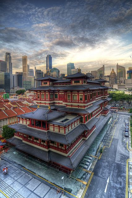 Buddha Tooth Relic Temple and Museum | Chinatown district, Singapore