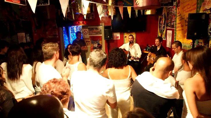 La raja de tu falda pour Lili cumpleanos by LGB TRio SPAIN BREAK FRIENDS... TOUS LES MERCREDIS SPAIN BREAK FRIENDS (Rumba Reggae Salsa) TOUS LES JEUDIS OPEN ZIK LIVE (Concert divers) TOUS LES VENDREDI BRAZIL TIME (Samba Forro) TOUS LES SAMEDIS LATINO TIME (TAINOS & His Live Latino) TOUS LES DIMANCHES OPEN SUNDAY MUSIK (Live Accoustik) CASA LATINA 59 QUAI DES CHARTRONS 33300 BORDEAUX Infos / 0557871580 CASA LATINA Tous les soirs un concert. https://www.youtube.com/watch?v=VweRknG1OAs
