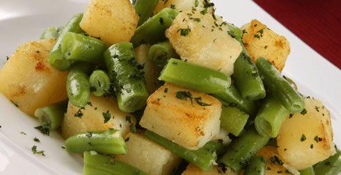 Te compartimos la receta para preparar Ejotes con papas , cocina con inspiración con Recetas Nestlé.