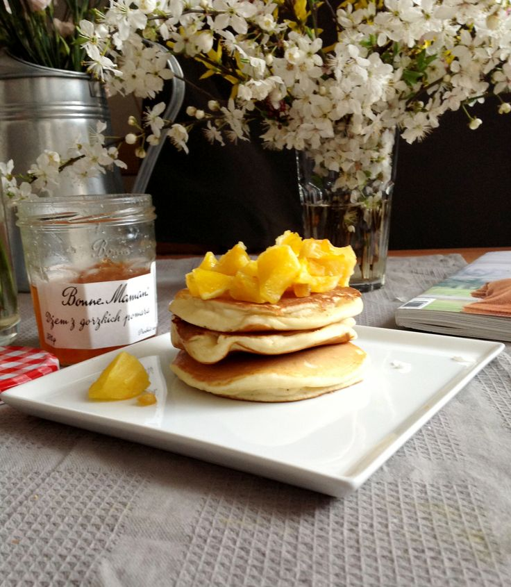 Pancakes with oranges are perfect for breakfast! See recipe: chefoftaste.com
