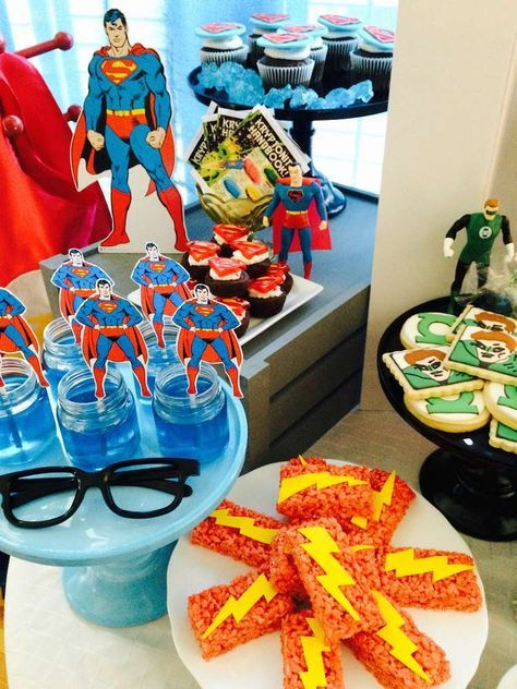 Vintage Justice League Party | CatchMyParty.com
