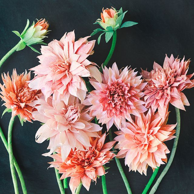 Flirty crepe paper Dahlias! Getting away for the weekend and all I can think of is how much paper I can pack/cut on the trip
