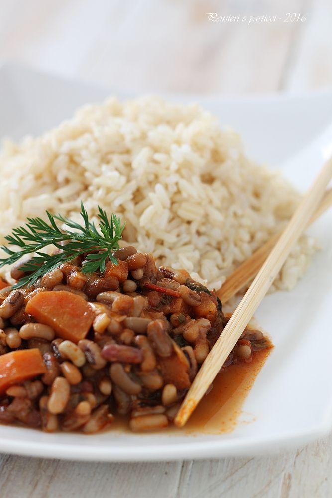 Stufato di fagioli allegri al cumino, carote e riso Thay integrale per Altromercato | pensieri e pasticci