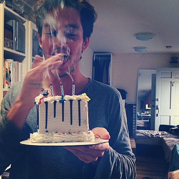 Being Human SyFy - Bobby Campo (@BobbyCampo) tweets 'The Big 30' BD pic ;)