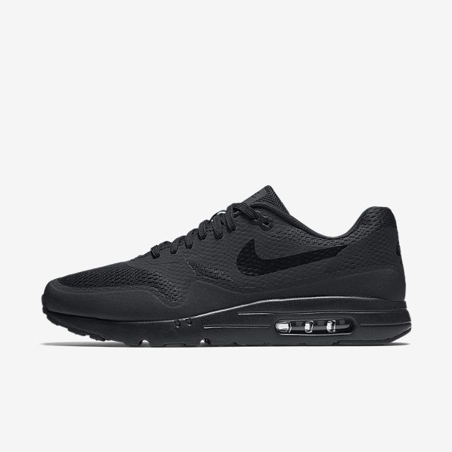 Air max 1ultra essential, str 44, svart