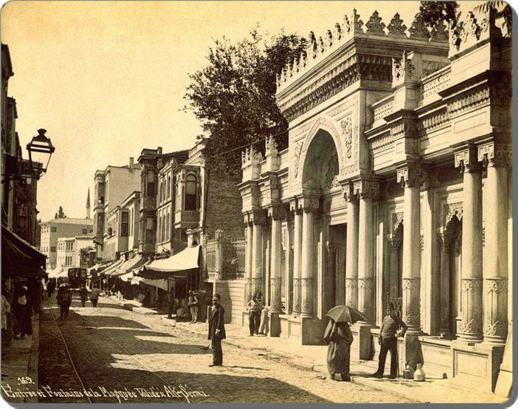 Aksaray - Valide Sultan Camii - 1880's